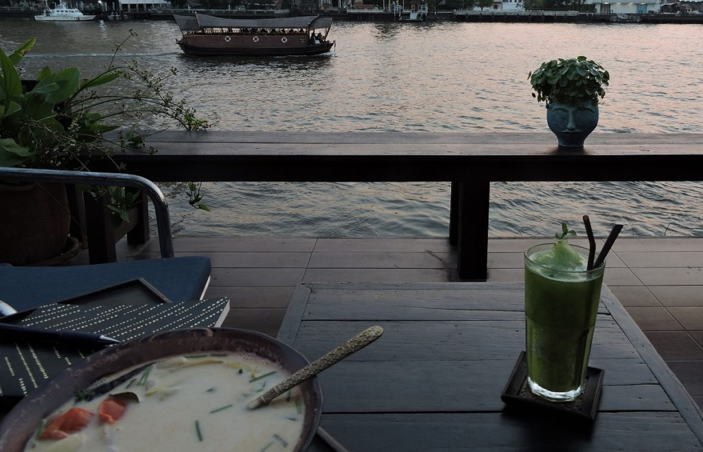 thai curry dinner at Loy La Long Hotel in Bangkok