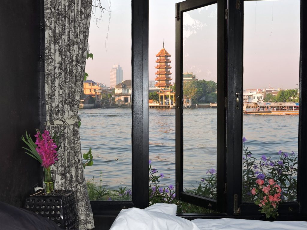 view of chao phraya river in the morning from room at Loy La Long