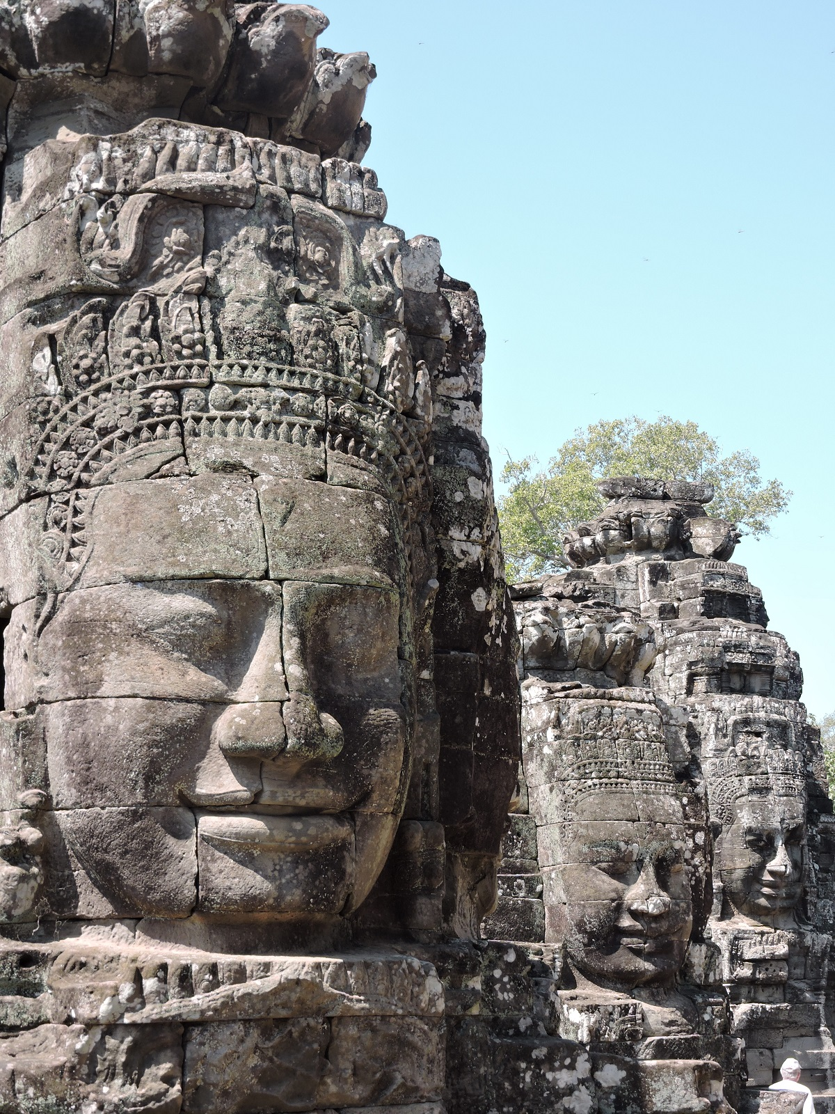 stone heads of Banyon Temple