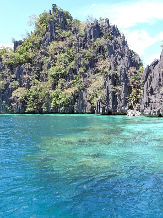 cliffs and water in Coron