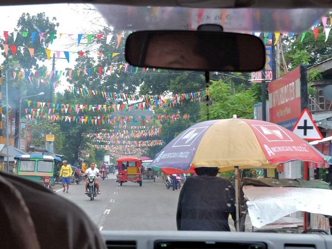 street through town on Cebu island