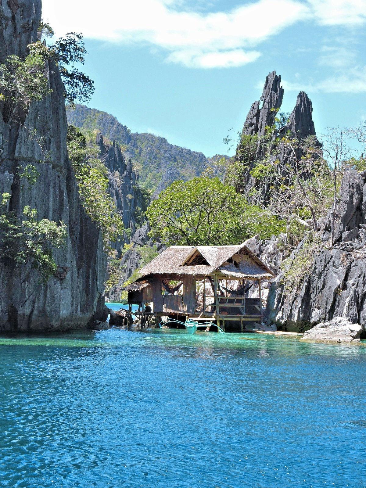 fishing hut Coron