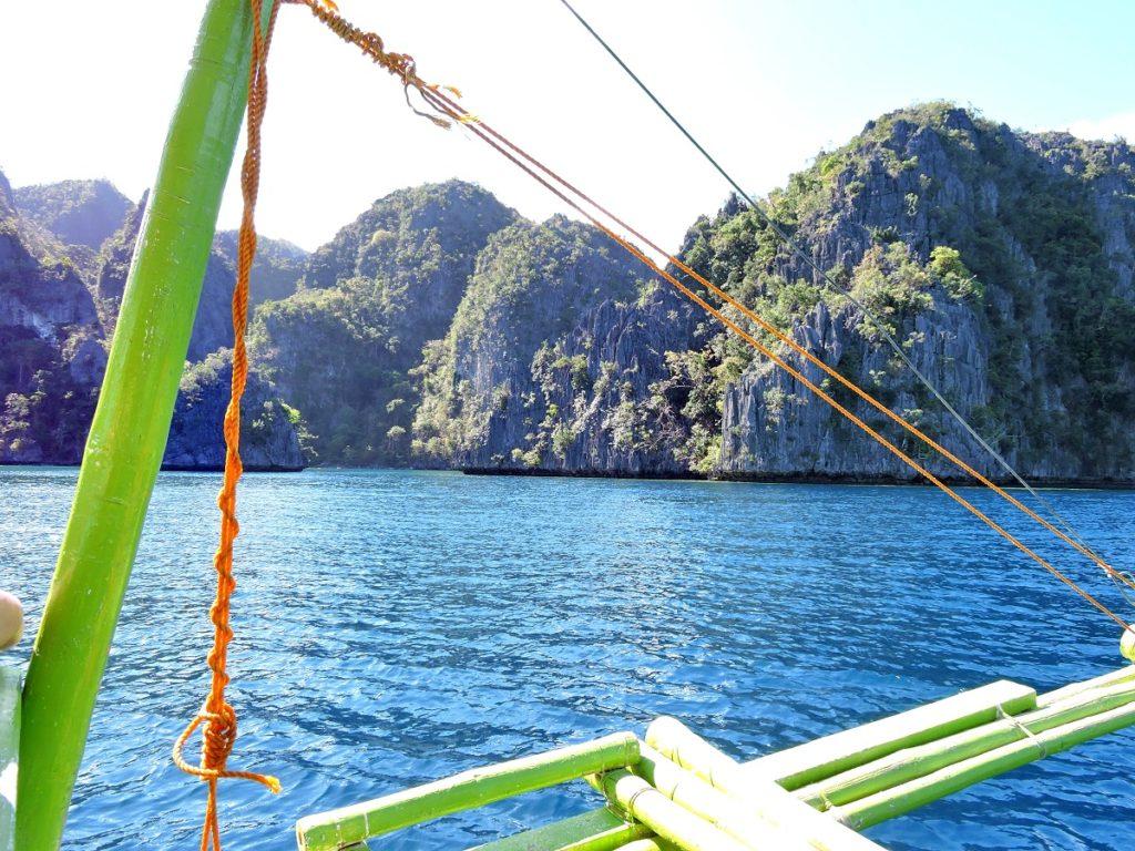 boat heading towards islands