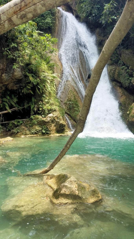 upper pool of Inambakan falls blue water