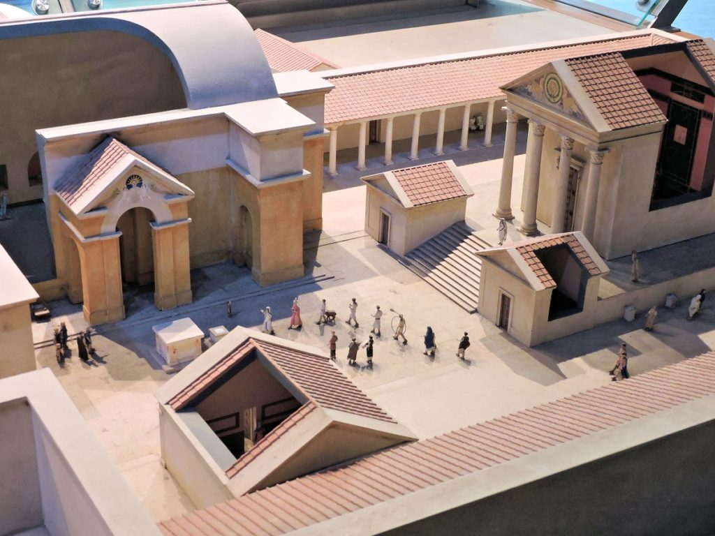 model recreation of roman Baths