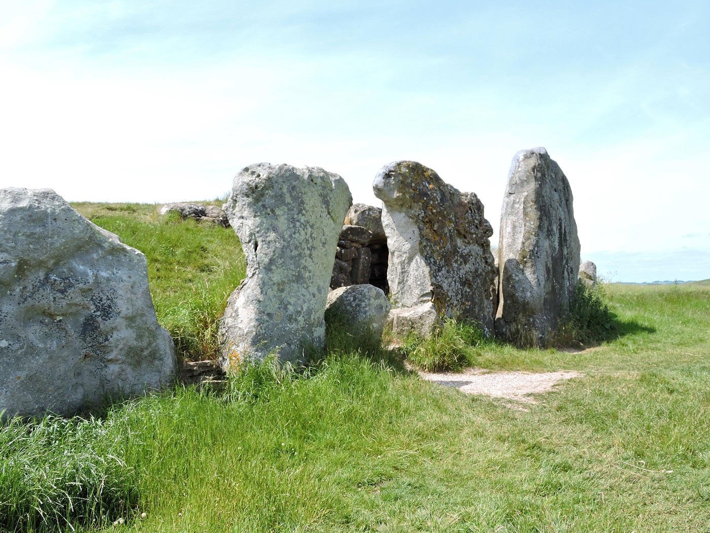 entrance to neolithic tomb with large standing stones